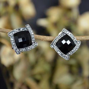 Zwarte vierkante dames oorbellen met clips