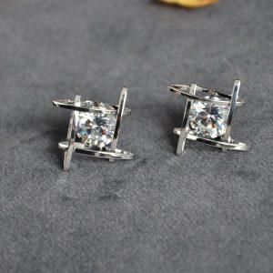 Zilverkleurige oorbellen met diamant vorm online goedkoop kopen