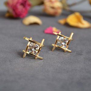 Moderne luxe goud kleurige oorbellen