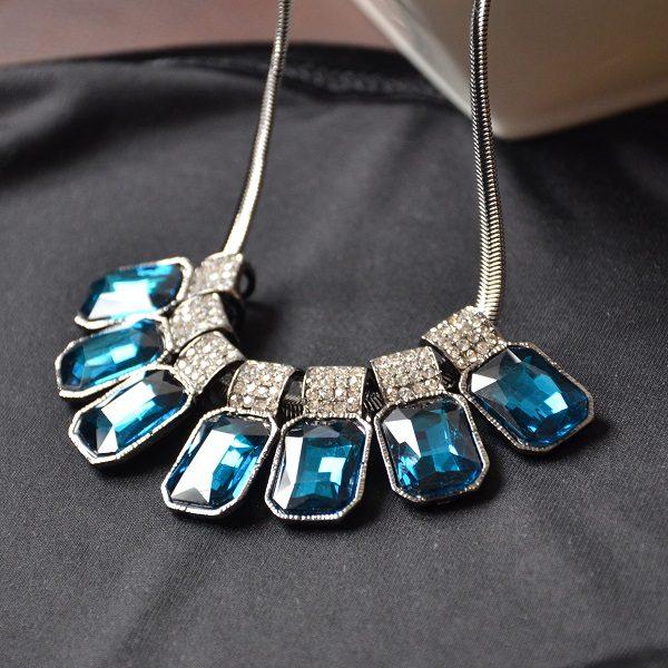 3003-1 – Donker blauwe kristallen ketting met hoge kwaliteit stalen ketting