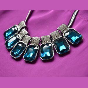 Donker blauwe kristallen ketting met hoge kwaliteit stalen ketting