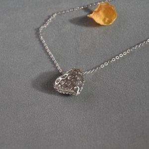 Opvallende ketting met zilver hart en glimmertjes online te kopen in de webshop